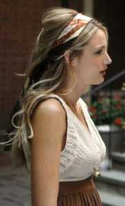 Blake Lively hair tie