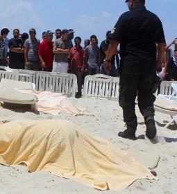 tunisia-attack-landov_custom-a52af084936134eda16cc94e1bfa2bb9560fb7ee-s900-c85