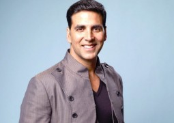 Could Akshay Kumar be playing a homosexual character in the upcoming movie 'Dishoom'?
