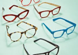 I see you 2015. Check out this year's popular eyewear trends