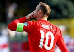 Wayne Rooney Goes Level With Sir Bobby Charlton's Record