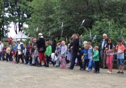 Visitors learn about Medieval battle