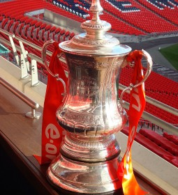 1024px-The_FA_Cup_Trophy