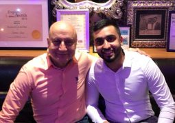 Award winning Bollywood star dines at Award-winning curry house in Bradford